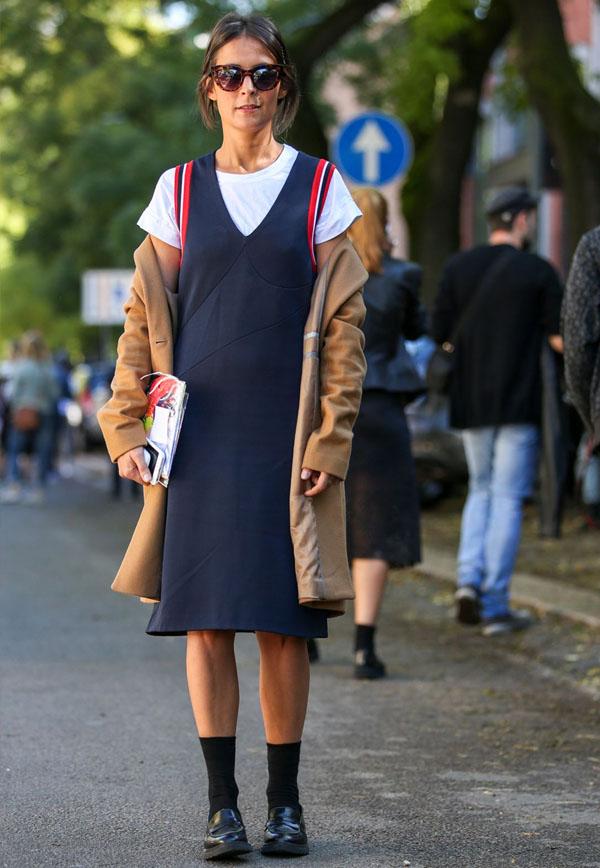 street-style-blue-dress-t-shirt-under-camel-coat-sunglasses